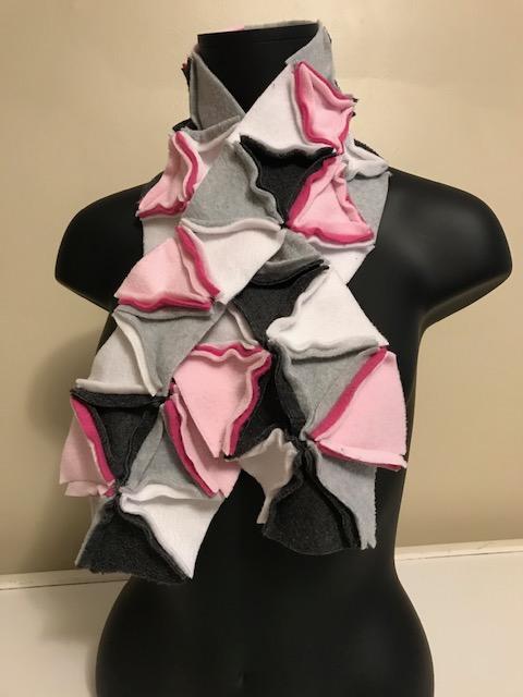 cozy collar - peek-a-boo pink